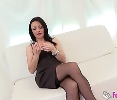 Brunette milf wants to fuck her son'_s friend