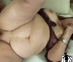Mature takes titty fuck on huge boobs-1