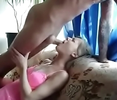 5050857  cute  young  amateur  deep  throat  and  cum  in  mouth