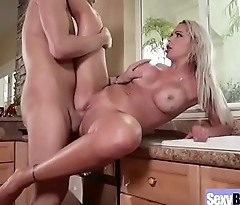 (Nina Elle) Sexy Busty Hot Mature Lady Love Intercorse movie-16