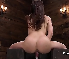 Brunette cums and squirts on fucking machine